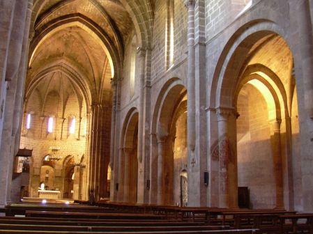 1280px-Veruela_-_Iglesia_abacial_de_Santa_María_de_Veruela_-_Vista_desde_el_pie