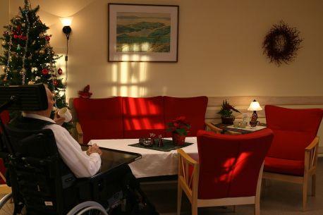 1280px-Nursing_home