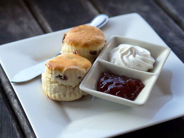 scones_cream_jam
